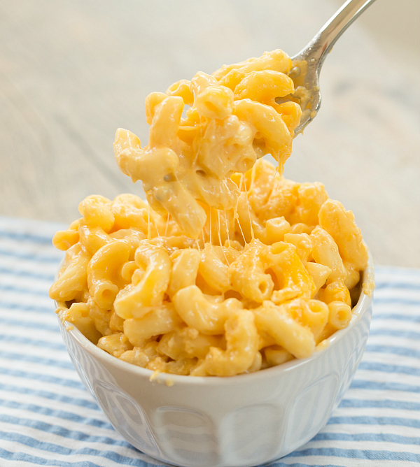 SIX CHEESE MAC